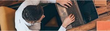 経費管理や業務の効率化をサポートする多彩なサービス