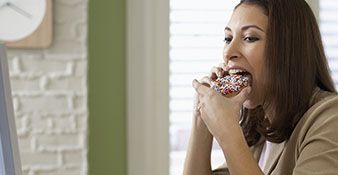 6 Foods That Will Sabotage Your Productivity