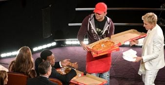 Oscars' Pizza Delivery Guy Cooking Up New Business
