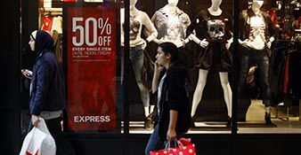 Are Early Holiday Promotions Really Effective?