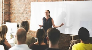 5 Public Speaking Tips From the Pros